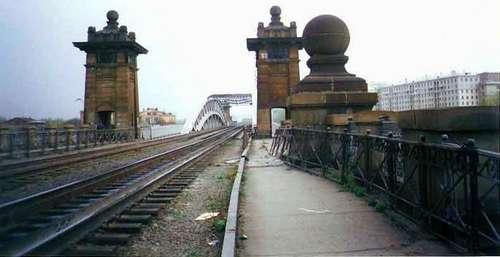 Андреевский мост перед разрушением