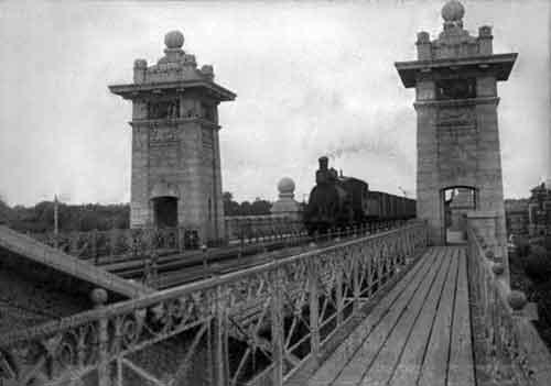 Андреевский мост вскоре после постройки