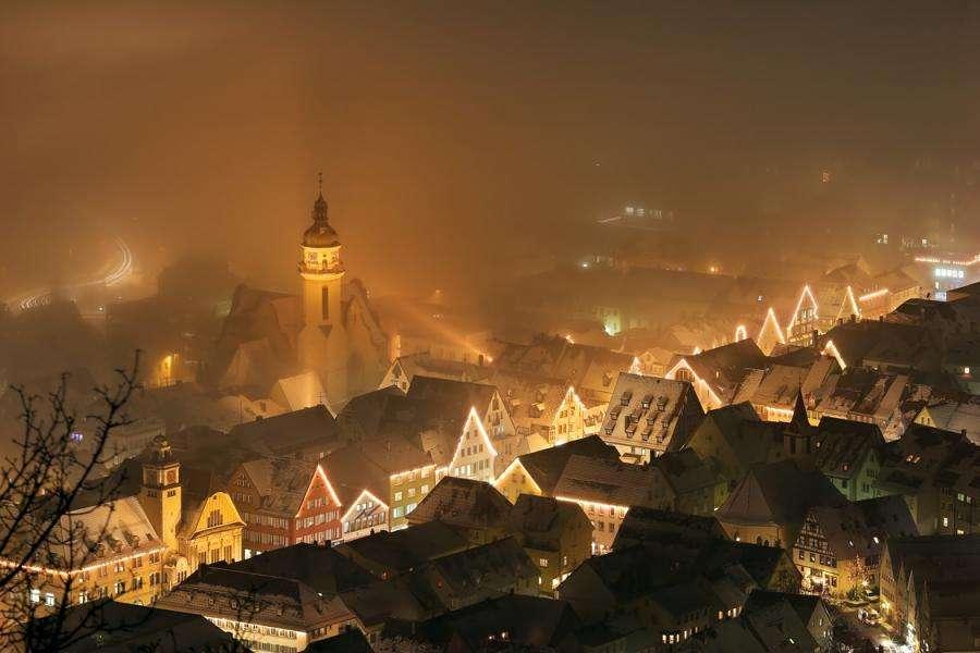 Праздничная рождественская иллюминация в Бердюжье, Крыжополе или Электроуглях