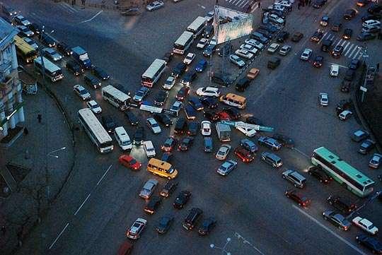 Российская страсть к автомобильным пробкам