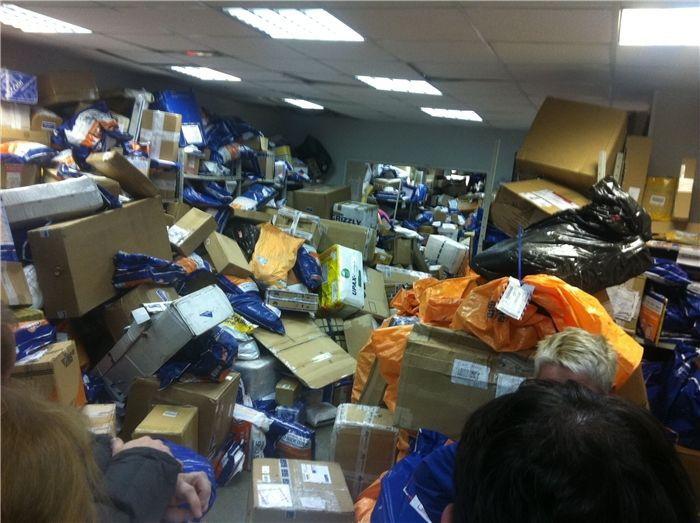 Бардак, хаос и развал Экспресс службы Почты России