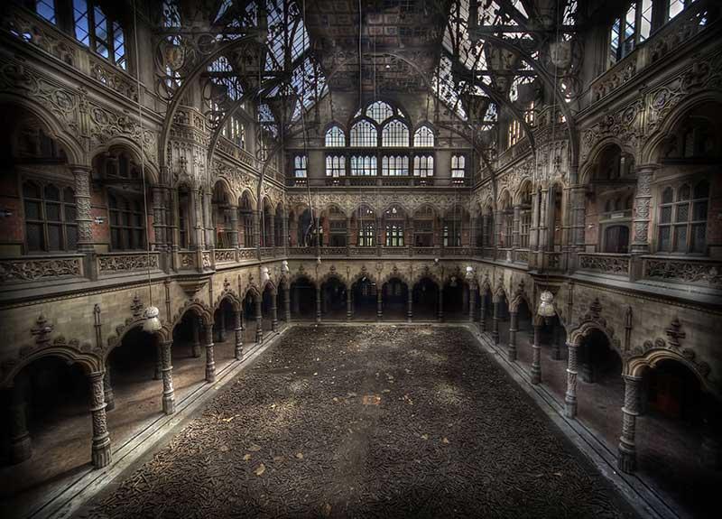 Abandoned Chambre du Commerce