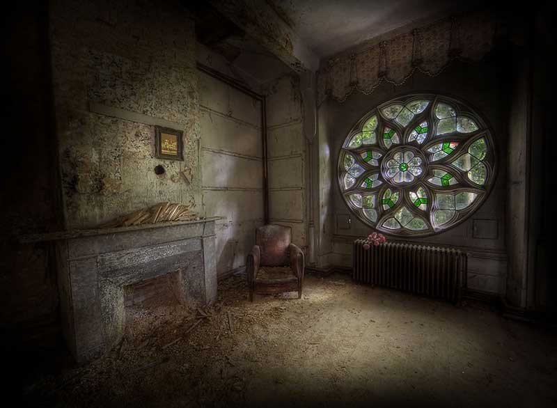 Abandoned manor housethe most classic window of them all i would say