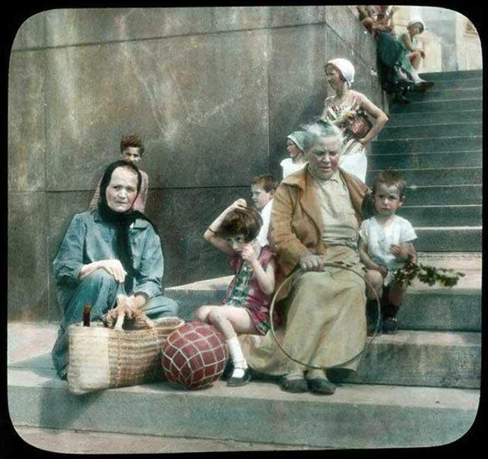 Бабушки с внуками