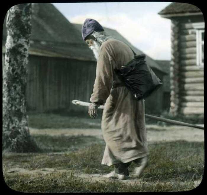 Монах в окрестностях Ленинграда