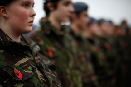 Военные кадеты на похоронах Гарольда Персиваля