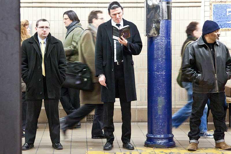 http://pepsimist.ru/wp-content/uploads/2015/06/n-y-s-l/NY_subway_lib_004.jpg