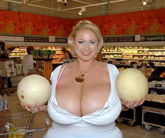 Девушки и арбузы