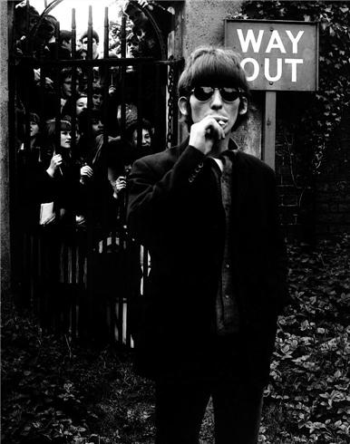 George Harrison 1966 by Robert Whitaker