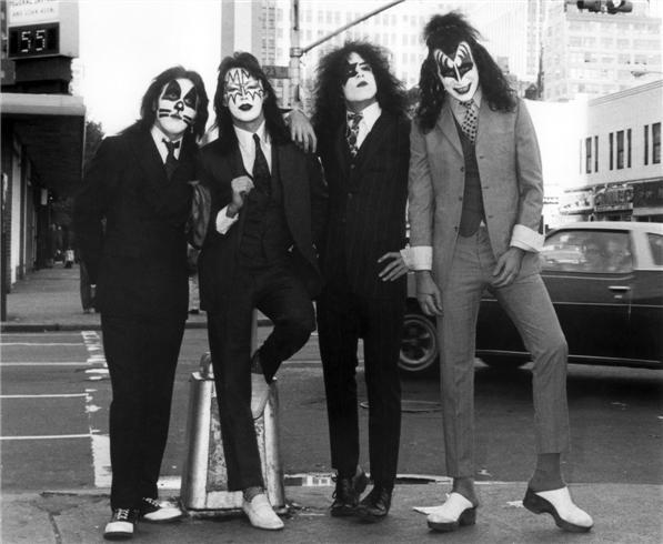 Kiss 1974 by Bob Gruen