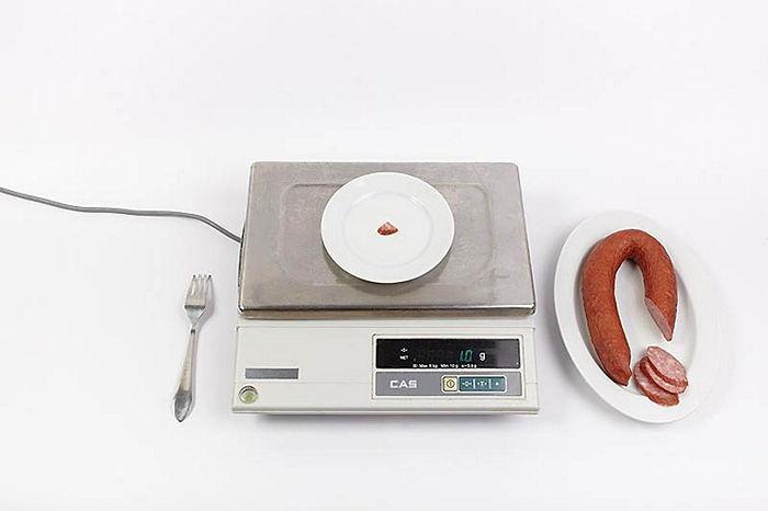 Продовольственная корзина наглядно - Один грамм колбасы