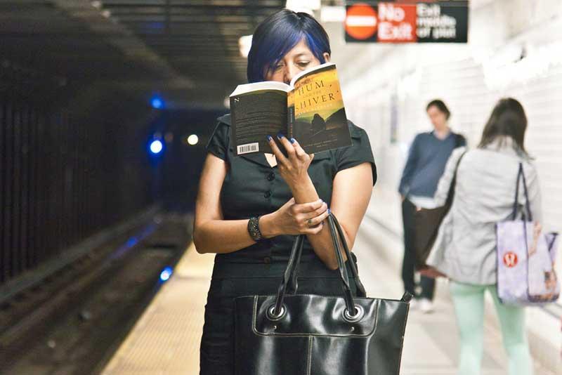 http://pepsimist.ru/wp-content/uploads/2015/06/n-y-s-l/NY_subway_lib_003.jpg