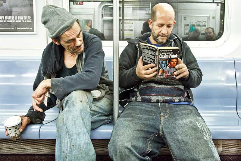 http://pepsimist.ru/wp-content/uploads/2015/06/n-y-s-l/NY_subway_lib_009.jpg