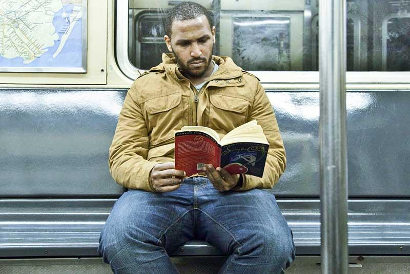 http://pepsimist.ru/wp-content/uploads/2015/06/n-y-s-l/NY_subway_lib_019.jpg