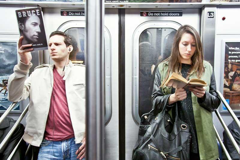 http://pepsimist.ru/wp-content/uploads/2015/06/n-y-s-l/NY_subway_lib_021.jpg