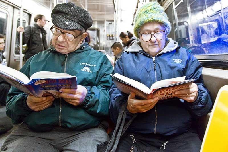 http://pepsimist.ru/wp-content/uploads/2015/06/n-y-s-l/NY_subway_lib_022.jpg