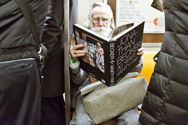 http://pepsimist.ru/wp-content/uploads/2015/06/n-y-s-l/NY_subway_lib_028.jpg